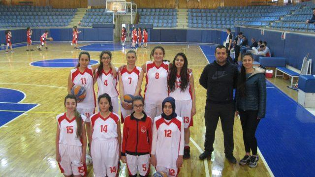 Bayan Basketbol Takımımız İlk Maçına Çıktı